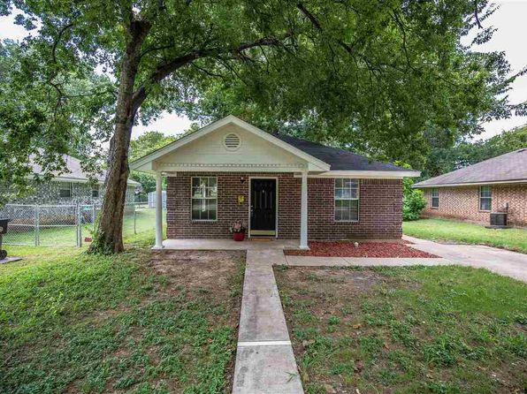 3 bed 1 bath Single Family at 1205 Forrest St Waco, TX, 76704 is for sale at 100k - 1 of 13