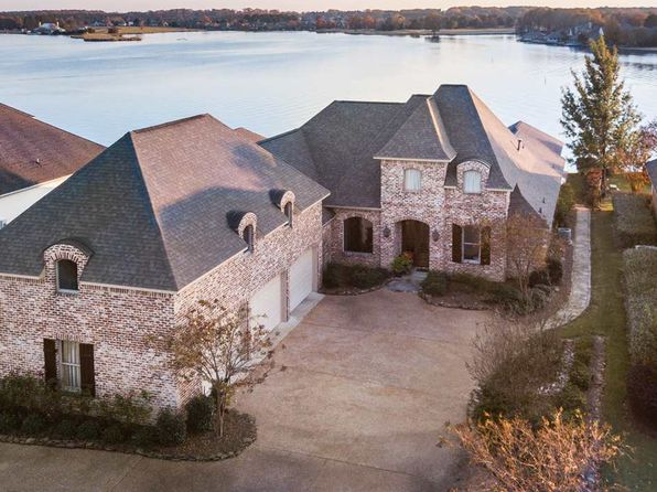 5 bed 4 bath Single Family at 224 Belle Pointe Madison, MS, 39110 is for sale at 799k - 1 of 50