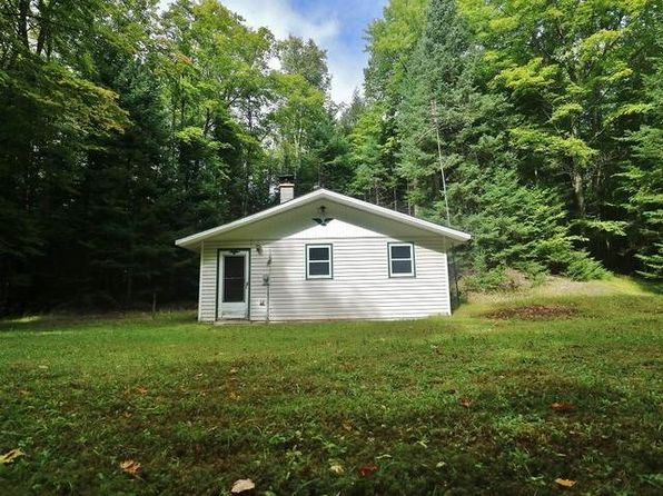 2 bed 1 bath Single Family at 5374 Aldridge Lake Rd Eagle River, WI, 54521 is for sale at 40k - 1 of 10