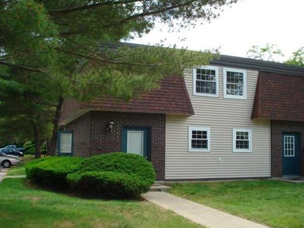 1 bed 1 bath Condo at 180 MAIN ST BRIDGEWATER, MA, 02324 is for sale at 135k - 1 of 4