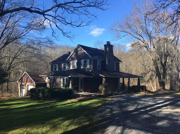 6 bed 2 bath Single Family at 2935 Forest St Lehighton, PA, 18235 is for sale at 240k - 1 of 48