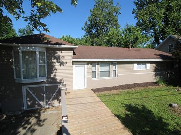 3 bed 1 bath Single Family at 1404 Alice St Collinsville, IL, 62234 is for sale at 80k - 1 of 72