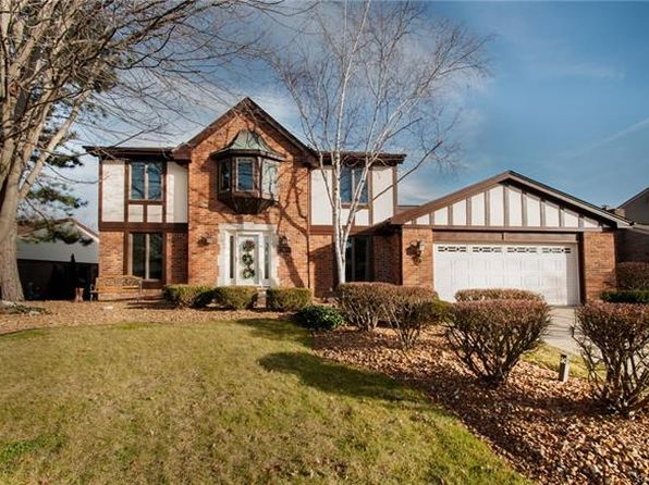 4 bed 3 bath Single Family at 23850 Hickory Grove Ln Novi, MI, 48375 is for sale at 369k - 1 of 64