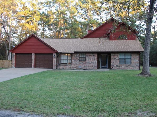 3 bed 2 bath Single Family at 24428 Gleneagles St Huntsville, TX, 77320 is for sale at 142k - 1 of 14