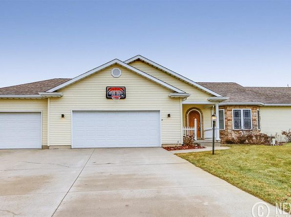 4 bed 2 bath Single Family at 14685 Farm House Dr Middlebury, IN, 46540 is for sale at 295k - 1 of 31