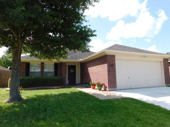 3 bed 2 bath Single Family at 107 Brookwood Victoria, TX, 77901 is for sale at 183k - 1 of 19