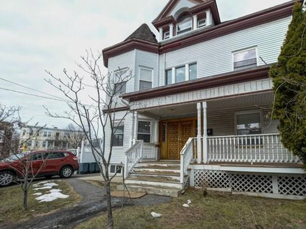 8 bed 3 bath Single Family at 10 Dix St Dorchester, MA, 02122 is for sale at 699k - 1 of 13