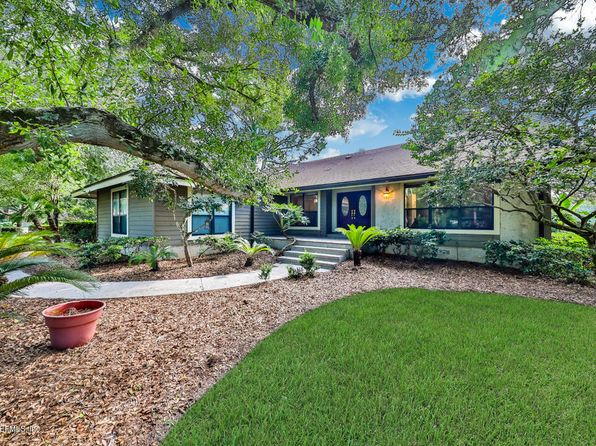 4 bed 2 bath Single Family at 2210 Old Barn Rd Ponte Vedra Beach, FL, 32082 is for sale at 549k - 1 of 34