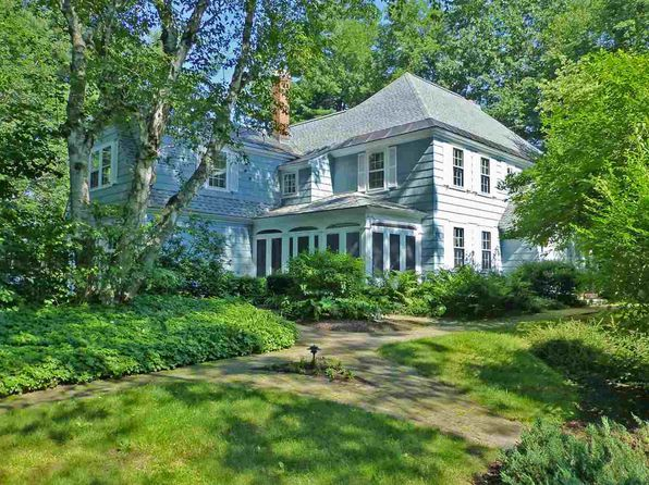 5 bed 5 bath Single Family at 21 Deacon Pl Brattleboro, VT, 05301 is for sale at 615k - 1 of 34