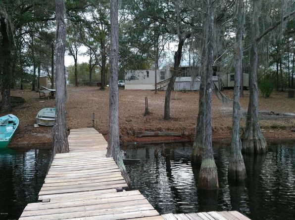 2 bed 2 bath Mobile / Manufactured at 9219 S SILVER LAKE RD FOUNTAIN, FL, 32438 is for sale at 49k - 1 of 22