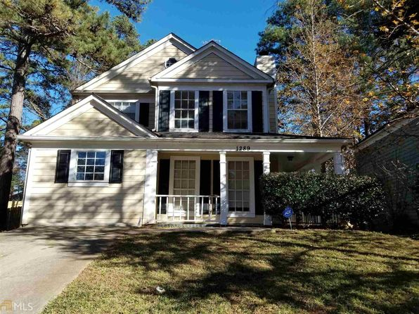4 bed 3 bath Single Family at 1289 Old Countryside Cir Stone Mountain, GA, 30083 is for sale at 135k - 1 of 13
