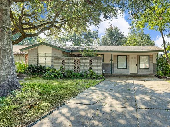 4 bed 3 bath Single Family at 7127 Hendon Ln Houston, TX, 77074 is for sale at 170k - 1 of 16