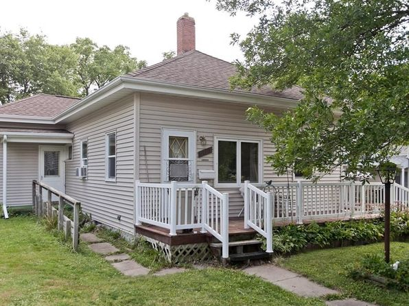 2 bed 1 bath Single Family at 501 9th Ave Marion, IA, 52302 is for sale at 85k - 1 of 24