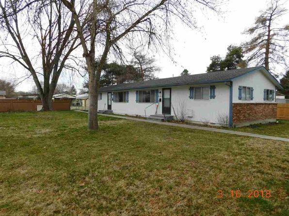 4 bed 2 bath Multi Family at 521 & 523 W 1st St Emmett, ID, 83617 is for sale at 180k - google static map