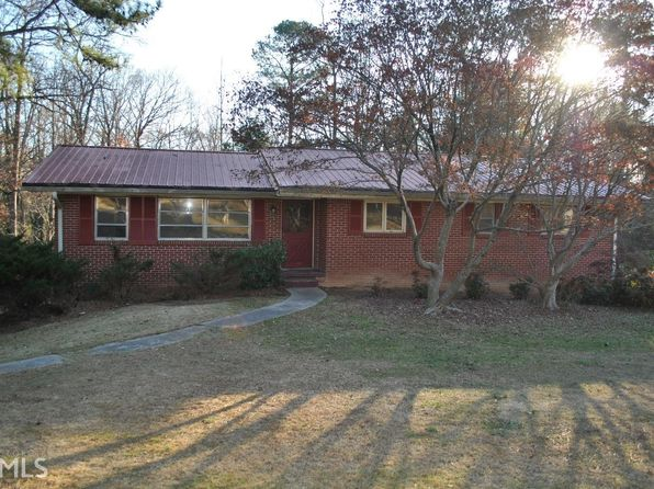 4 bed 2 bath Single Family at 893 RAYS RD STONE MOUNTAIN, GA, 30083 is for sale at 120k - 1 of 6