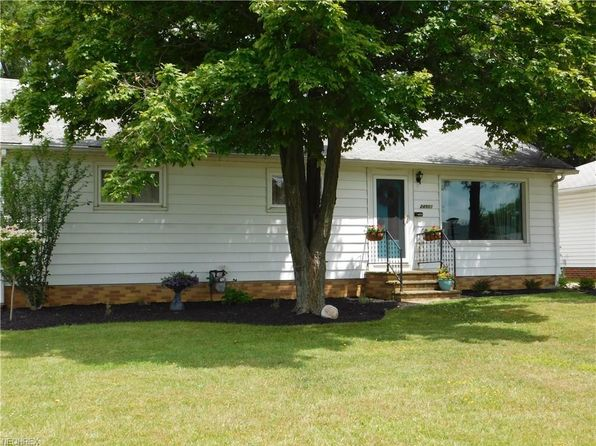 3 bed 2 bath Single Family at 24901 Picone Ln Bedford, OH, 44146 is for sale at 97k - 1 of 12