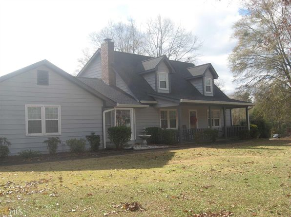 3 bed 2 bath Single Family at 15 COUNTRY ROADS DR STOCKBRIDGE, GA, 30281 is for sale at 155k - 1 of 5