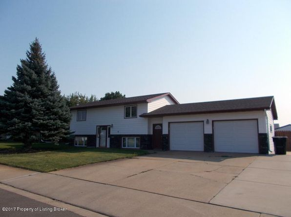 3 bed 1 bath Single Family at 583 5th Ave SW Dickinson, ND, 58601 is for sale at 214k - 1 of 27