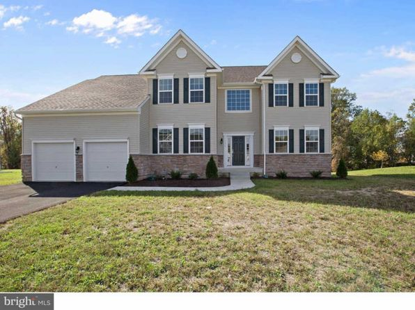 4 bed 2.5 bath Single Family at 1233 Pimpernell Path Middletown, DE, 19709 is for sale at 425k - 1 of 22