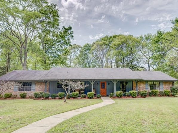 3 bed 2 bath Single Family at 315 S Dogwood Ln Jackson, MS, 39272 is for sale at 175k - 1 of 35