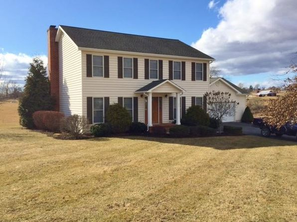 4 bed 3 bath Single Family at 151 Willow Bend Ln Maxwelton, WV, 24957 is for sale at 295k - 1 of 29