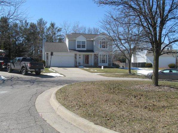 3 bed 3 bath Single Family at 967 Oakbrook Dr South Lyon, MI, 48178 is for sale at 250k - google static map