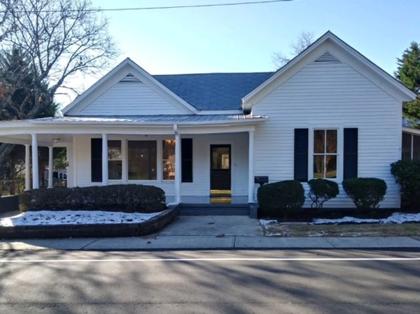 3 bed 3 bath Single Family at 108 Cherry St Pendleton, SC, 29670 is for sale at 330k - 1 of 10