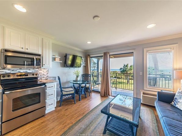 1 bed 1 bath Single Family at 23 S Forest Beach Dr Hilton Head Island, SC, 29928 is for sale at 275k - 1 of 30