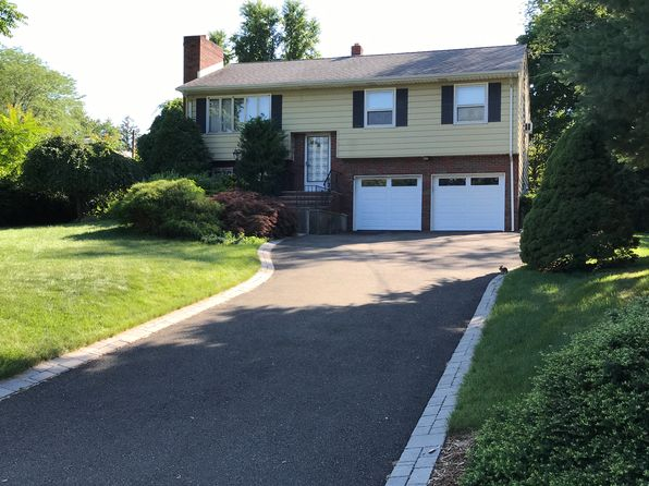 3 bed 2 bath Single Family at 75 Lions Head Dr W Wayne, NJ, 07470 is for sale at 491k - 1 of 28