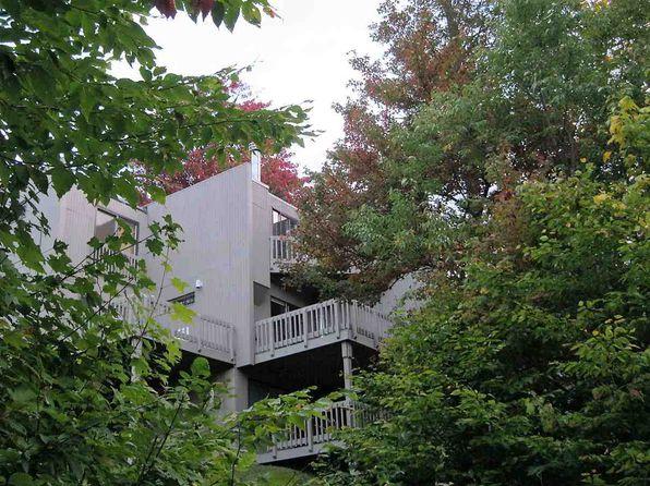 2 bed 1 bath Townhouse at 13 Village Run 72 Trailside Dr Warren, VT, 05674 is for sale at 99k - 1 of 16