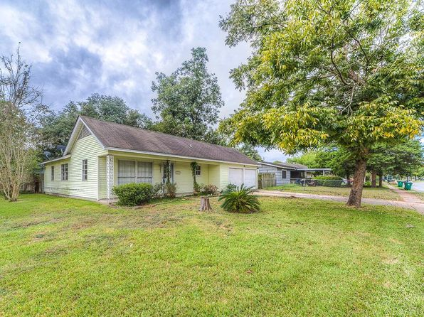 3 bed 1 bath Single Family at 8603 Kempwood Dr Houston, TX, 77080 is for sale at 175k - 1 of 21