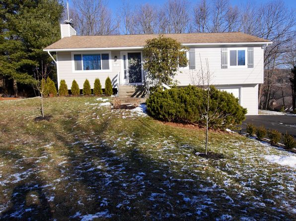 3 bed 2 bath Single Family at 268 CRESTWOOD DR NAUGATUCK, CT, 06770 is for sale at 255k - 1 of 29
