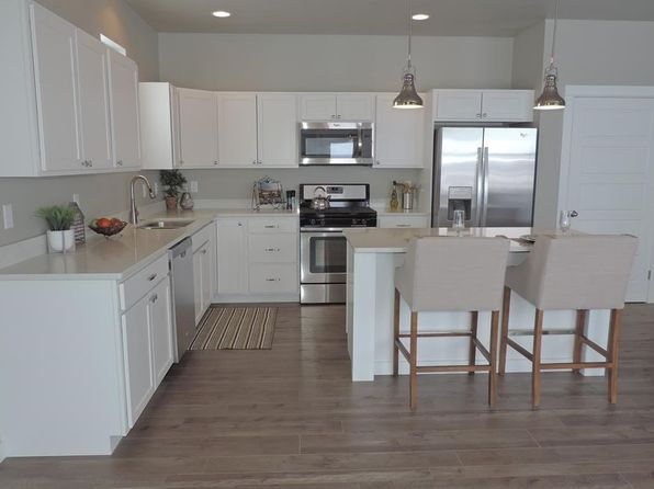 5 bed 3 bath Single Family at 504 Stewart Loop Bozeman, MT, 59718 is for sale at 440k - 1 of 5