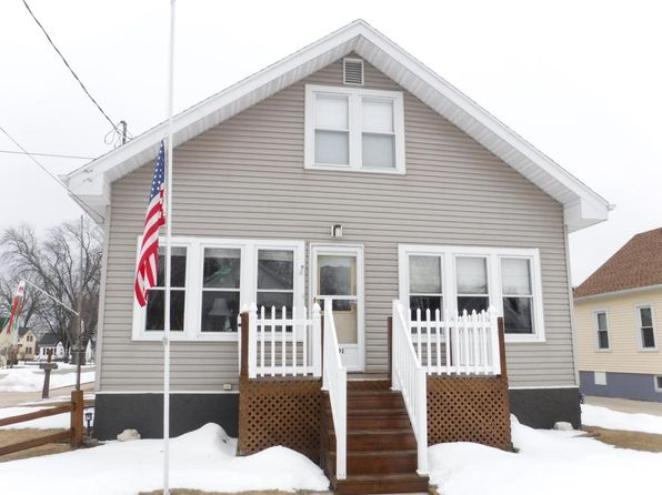 4 bed 2 bath Single Family at 2001 25th St Two Rivers, WI, 54241 is for sale at 80k - 1 of 23