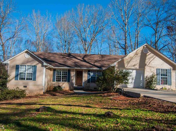 3 bed 2 bath Single Family at 3123 Butterworth Ln Gainesville, GA, 30507 is for sale at 370k - 1 of 34