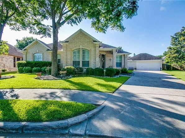 4 bed 3 bath Single Family at 1906 Hill Forest Ct Richmond, TX, 77406 is for sale at 255k - 1 of 30