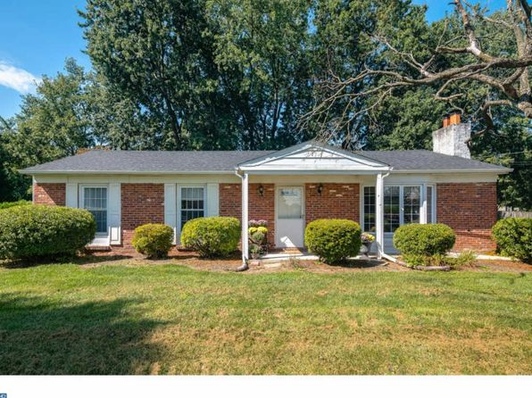 3 bed 2 bath Single Family at 819 Mount Airy Rd Collegeville, PA, 19426 is for sale at 240k - 1 of 23