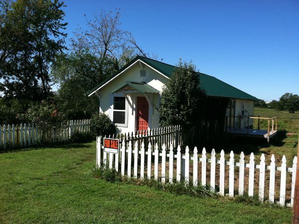 2 bed 1 bath Single Family at 2934 State Highway 38 Elkland, MO, 65644 is for sale at 55k - 1 of 13