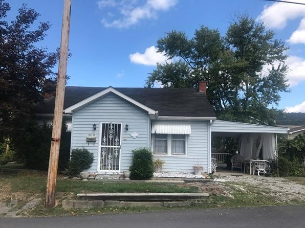 2 bed 1 bath Single Family at 300 School St Hazard, KY, 41701 is for sale at 74k - 1 of 8