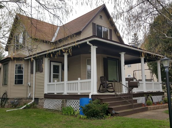 3 bed 2 bath Single Family at 101 Valley St Horicon, WI, 53032 is for sale at 100k - 1 of 22