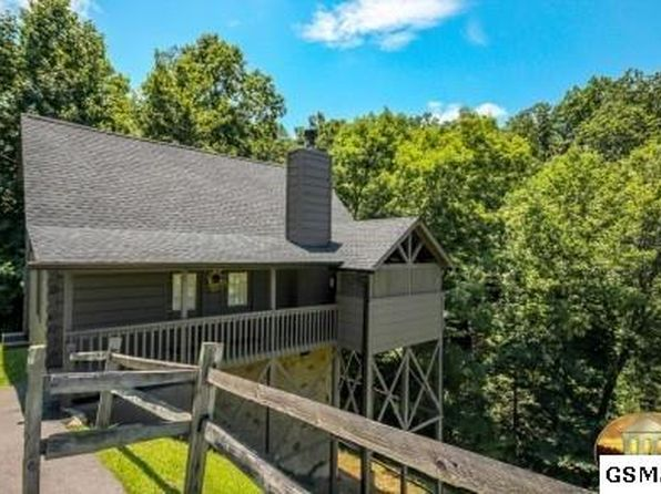 2 bed 2 bath Single Family at  3628 Country Pines Way Sevierville, TN, 37862 is for sale at 185k - 1 of 26