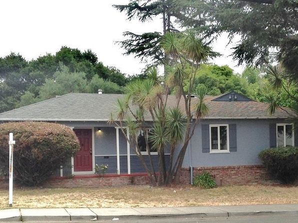 3 bed 2 bath Single Family at 19840 Center St Castro Valley, CA, 94546 is for sale at 685k - 1 of 13