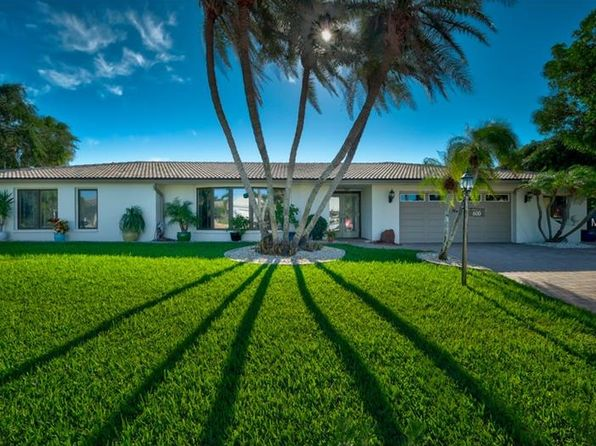 3 bed 2 bath Single Family at 600 Yardarm Ln Longboat Key, FL, 34228 is for sale at 1.20m - 1 of 23