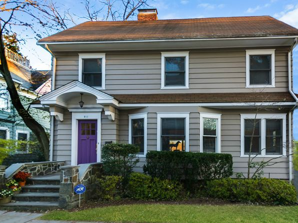 5 bed 4 bath Single Family at 911 Stuart Ave Mamaroneck, NY, 10543 is for sale at 1.13m - 1 of 31