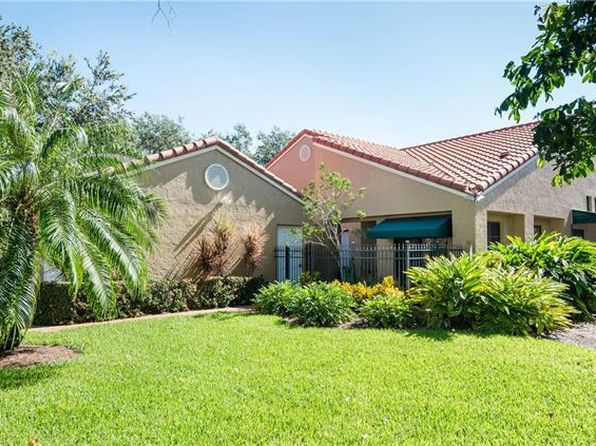 2 bed 2 bath Single Family at 887 Reef Point Cir Naples, FL, 34108 is for sale at 450k - 1 of 17