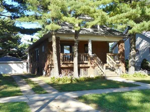 3 bed 1 bath Single Family at Undisclosed Address Blue Island, IL, 60406 is for sale at 109k - 1 of 8