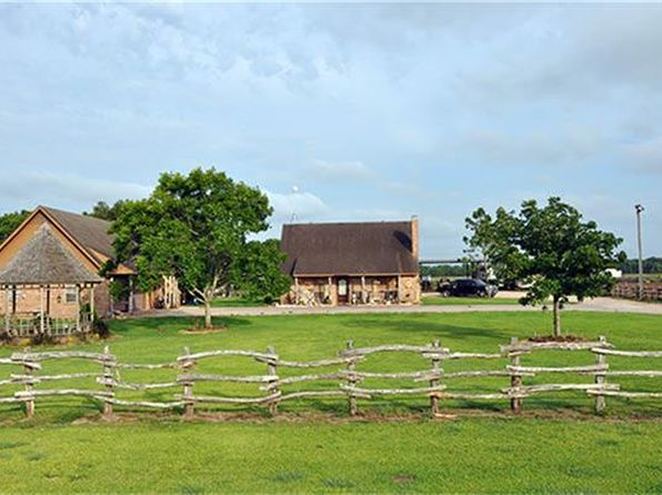 3 bed 2 bath Single Family at 2213 County Road 121 Alabama Rd Pledger, TX, 77468 is for sale at 375k - 1 of 29