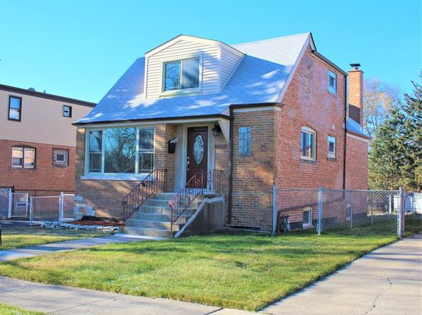 4 bed 3 bath Single Family at 10920 S Tripp Ave Oak Lawn, IL, 60453 is for sale at 310k - 1 of 20