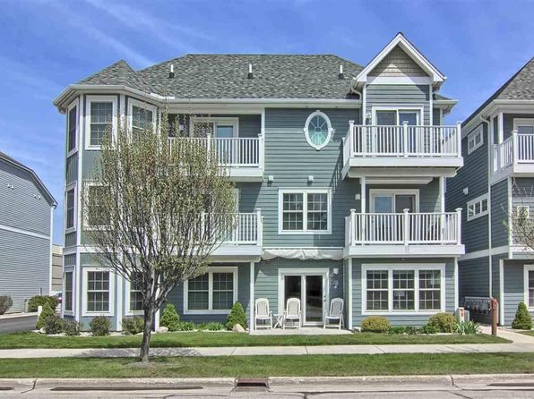 2 bed 3 bath Single Family at 100 Hope St Traverse City, MI, 49686 is for sale at 310k - 1 of 17