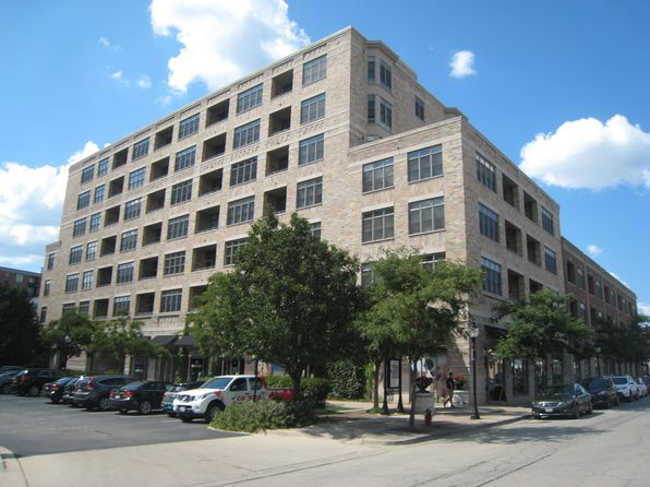 1 bed 1 bath Single Family at 10 S Dunton Ave Arlington Heights, IL, 60005 is for sale at 285k - 1 of 8